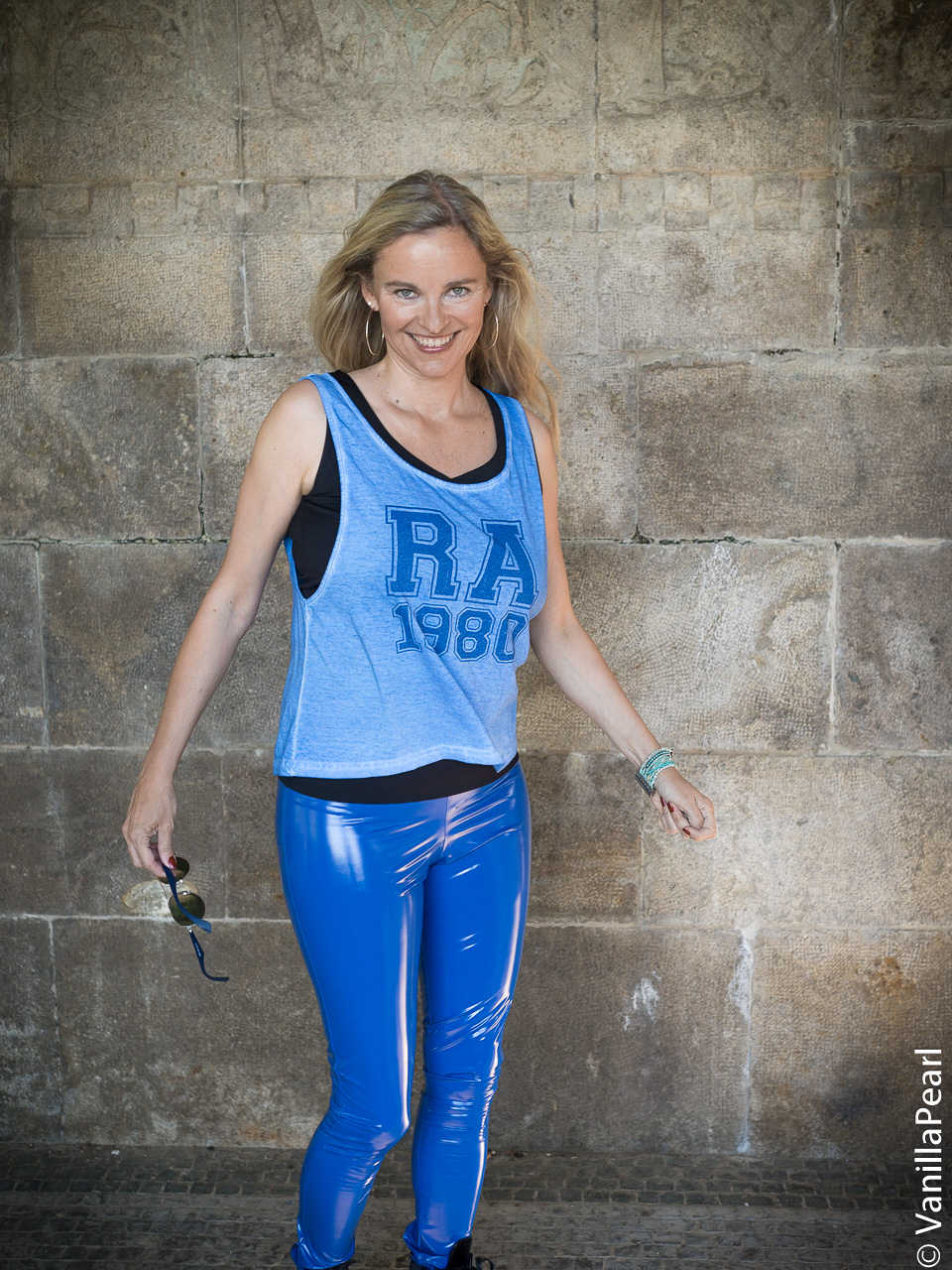 Arcanum shiny blue legging presented by Vanilla.pearl